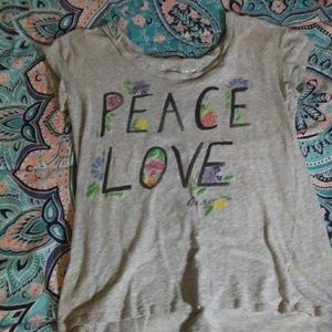 Aeropostale Peace-Love T-shirt